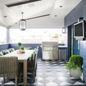 отделка потолка в квартире декор