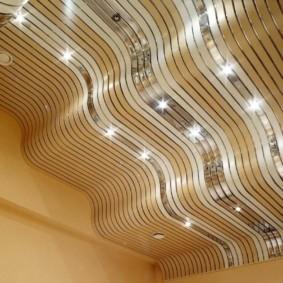 отделка потолка в квартире фото идеи