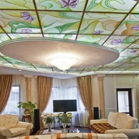 отделка потолка в квартире идеи