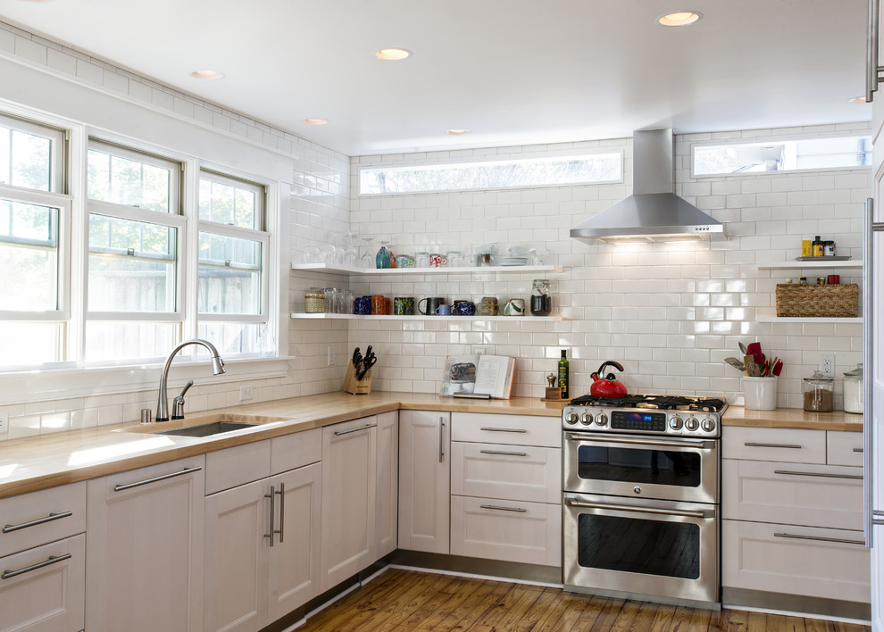 полки на кухне вместо навесных шкафов фото