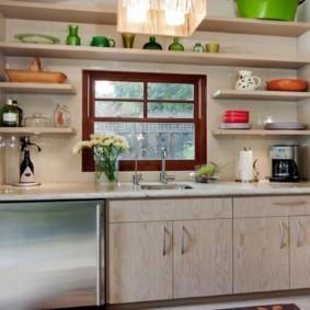 полки на кухне вместо навесных шкафов дизайн