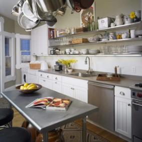 полки на кухне вместо навесных шкафов идеи оформления