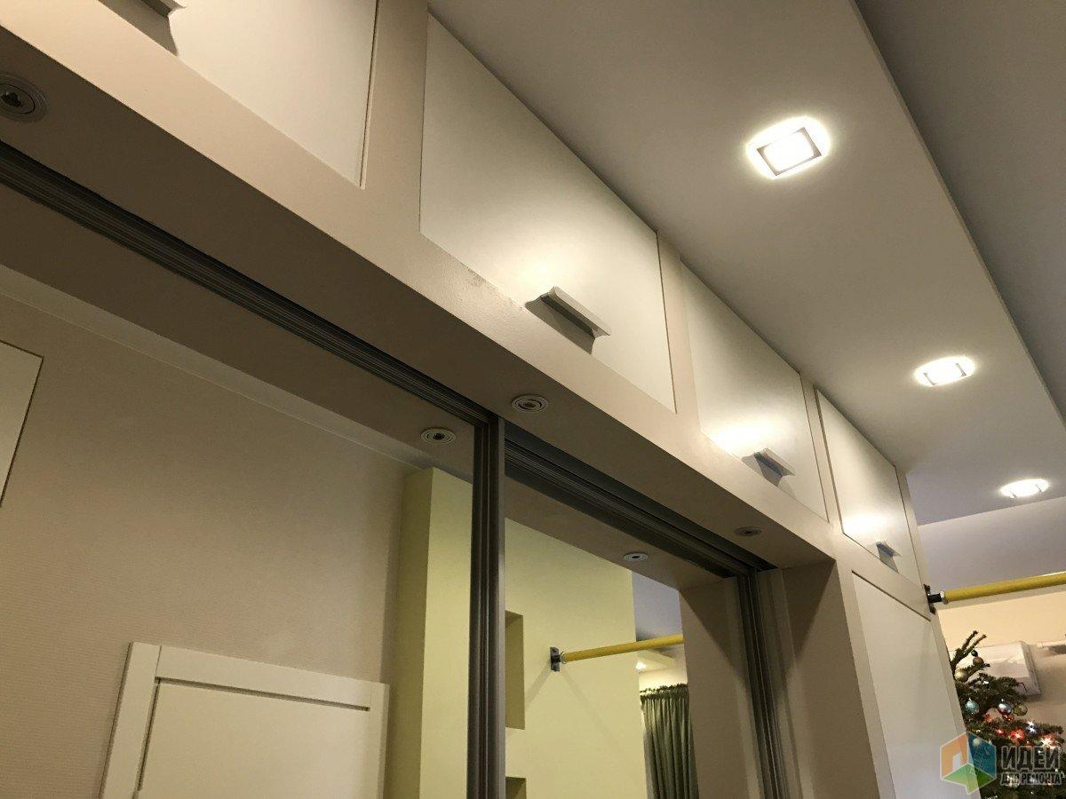 полочки в коридоре