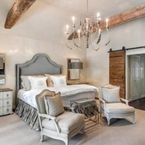 Интерьер спальни в стиле прованс в квартире