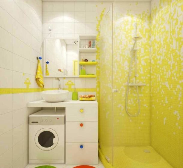 раздельная ванная комната с душевой