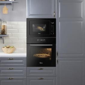 размещение микроволновки на кухне дизайн фото