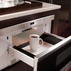 размещение микроволновки на кухне фото дизайн