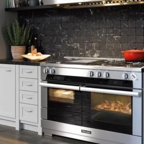 размещение микроволновки на кухне фото оформление