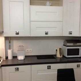размещение микроволновки на кухне фото варианты