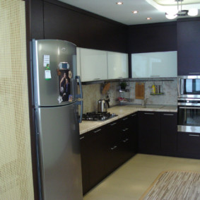 размещение микроволновки на кухне виды фото