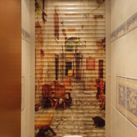 рольставни в туалет декор