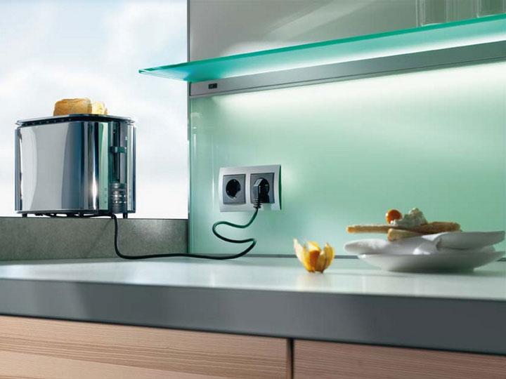 розетки на современной кухне виды интерьера
