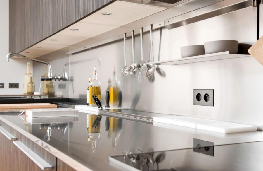 розетки на современной кухне идеи вариантов