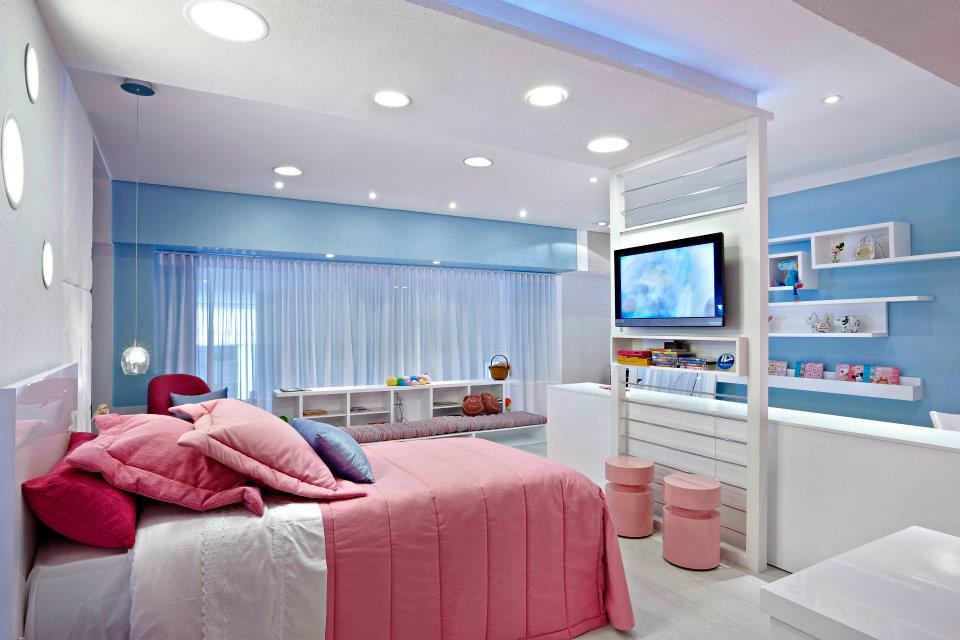 Дизайн спальни в розово-голубом цвете
