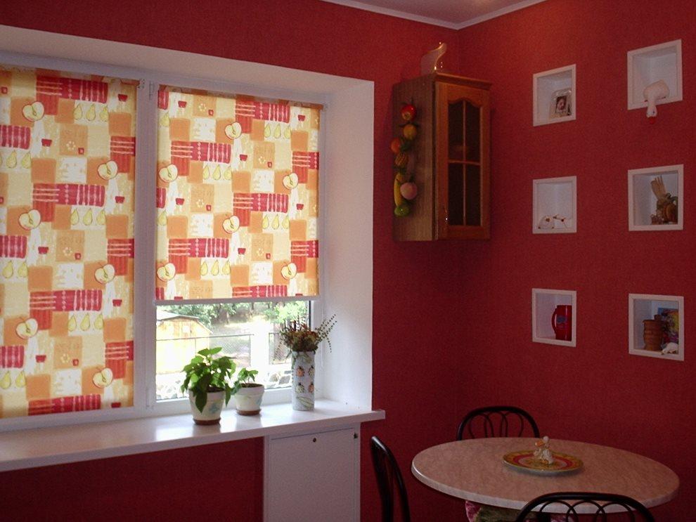 Рулонные шторы с ярким рисунком