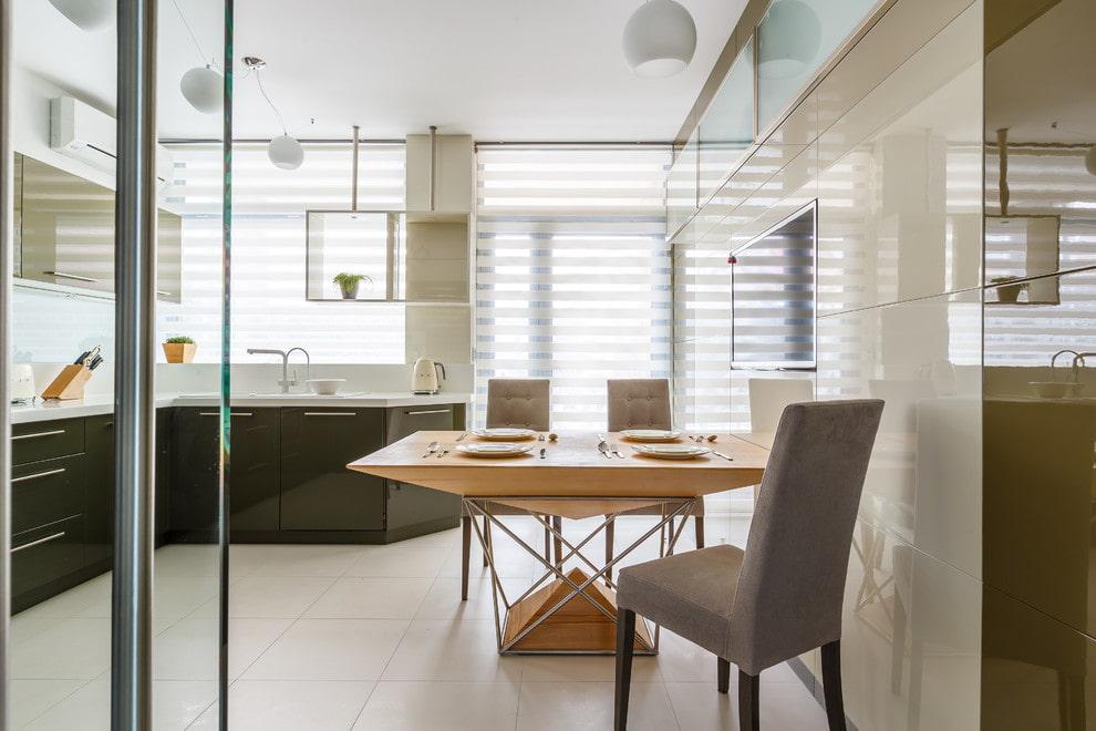 рулонные шторы на кухне дизайн