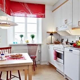 рулонные шторы на кухне идеи оформление
