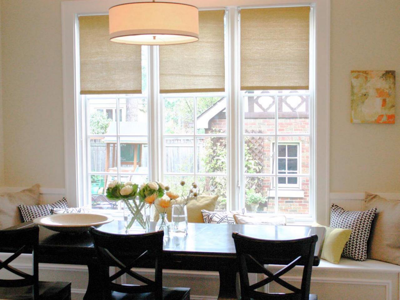 рулонные шторы на кухне варианты