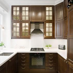 шкафы до потолка на современной кухне фото дизайна