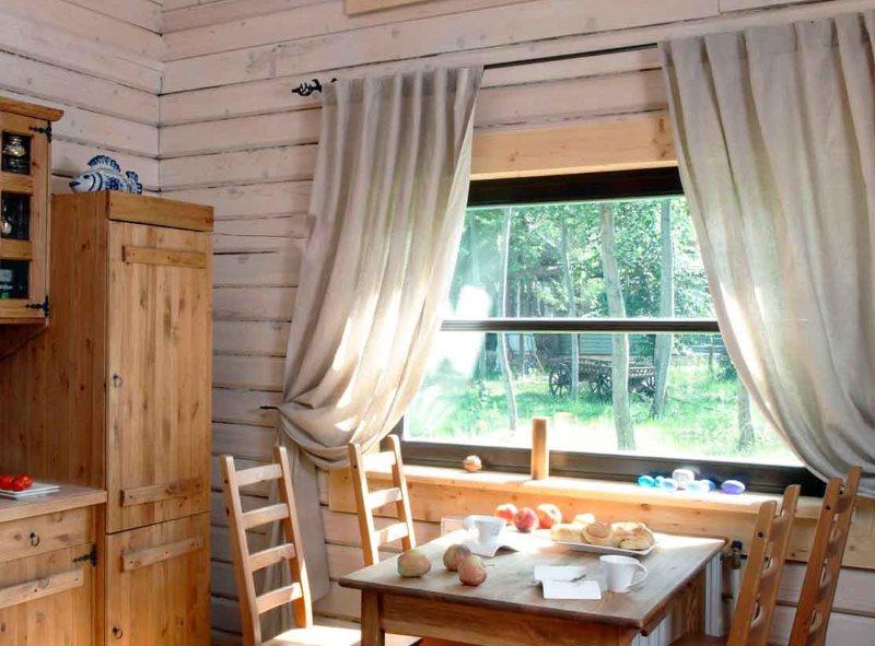 Декор кухонного окна в частном доме