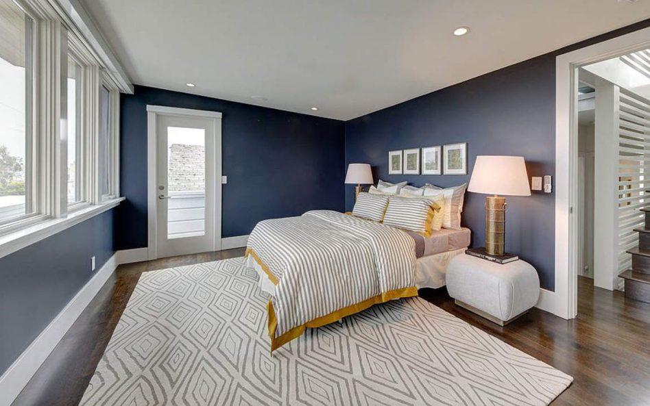 синяя спальня декор