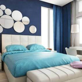 синяя спальня фото декора