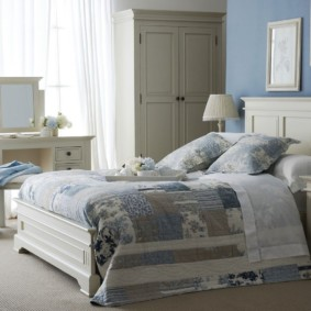 синяя спальня фото идеи