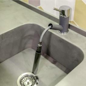 смеситель на кухню с выдвижным изливом