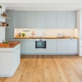 современная кухня светлая
