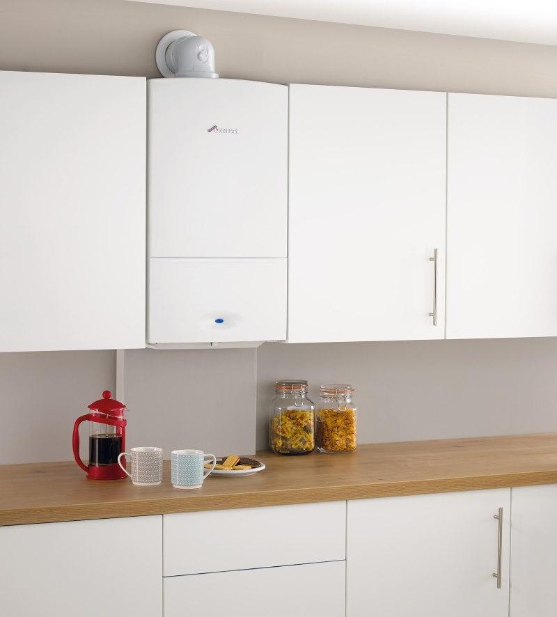 Кухня с газовой колонкой в современном стиле