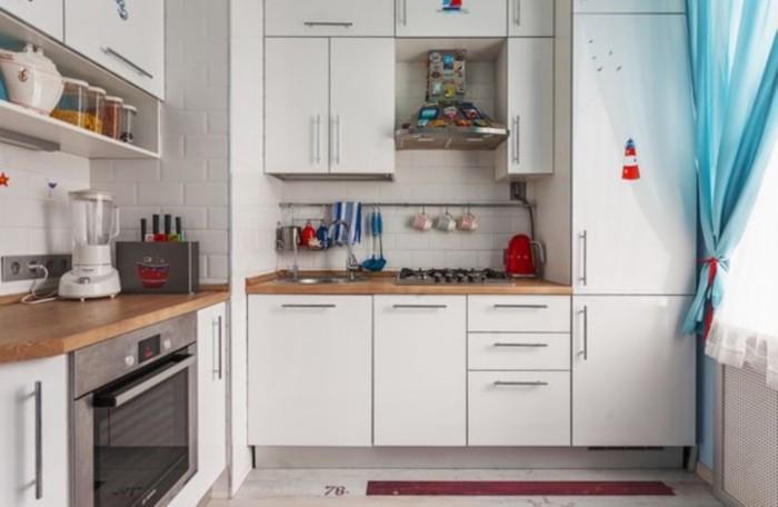 современная кухня с коробом