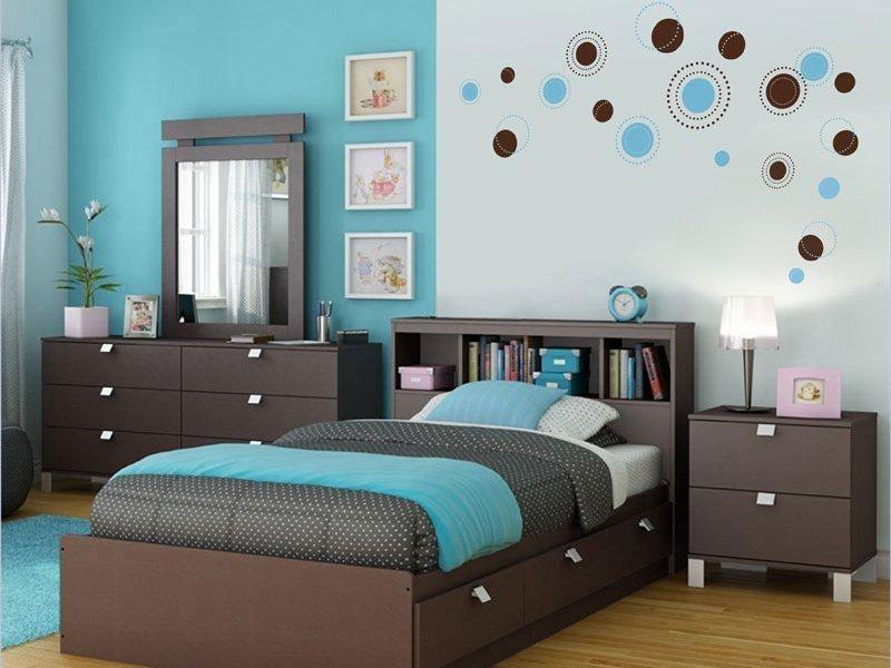 спальня в бирюзовых тонах идеи декор