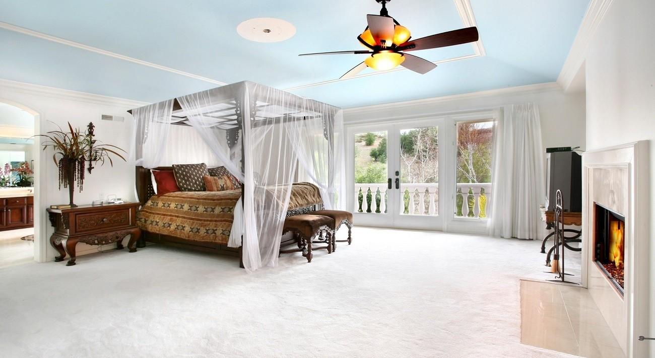 спальня в голубом цвете фото дизайн