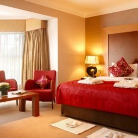 спальня в красных тонах фото дизайн