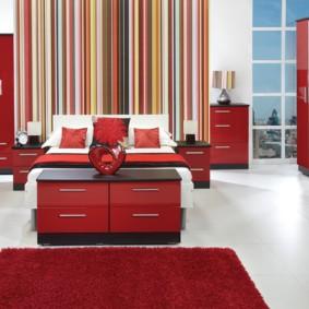 спальня в красных тонах идеи дизайн