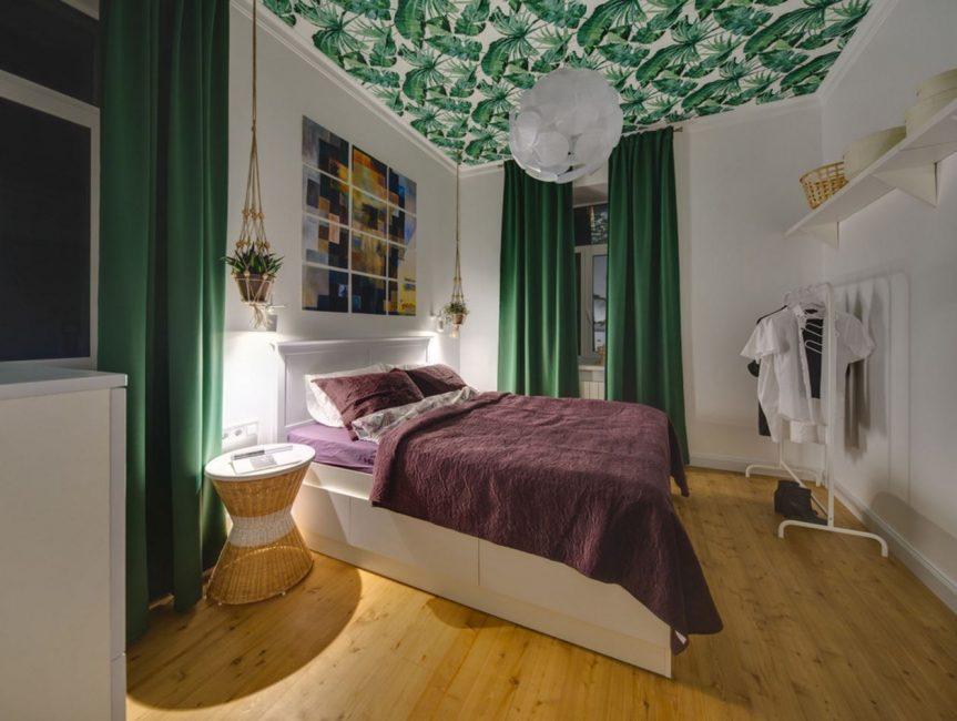 спальня в зеленых тонах фото интерьер