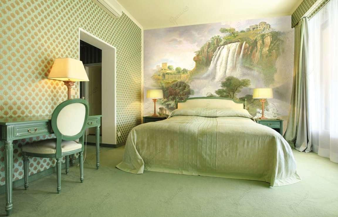 спальня в зеленых тонах интерьер