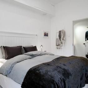 спальня 5 кв м декор фото