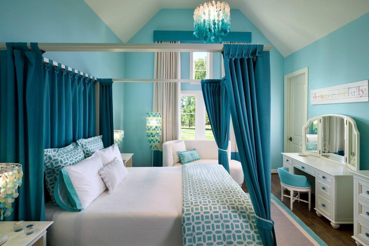 спальня в бирюзовых тонах фото интерьер