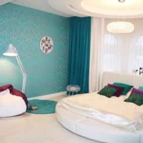 спальня в бирюзовых тонах оформление