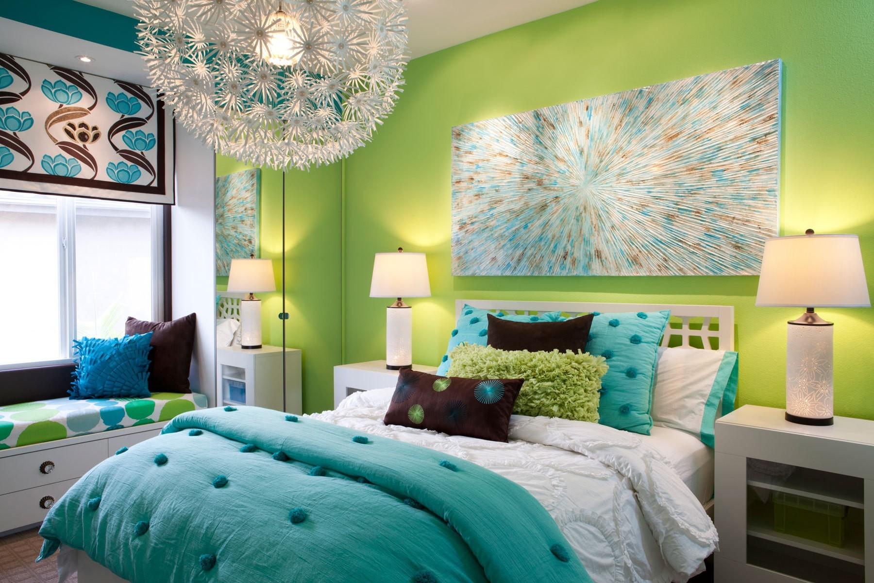 спальня в зеленых тонах фото декора