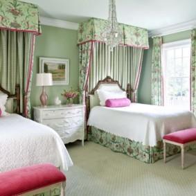 спальня в зеленых тонах фото оформление