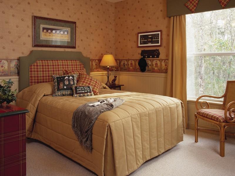 Уютная спальня 3 на 3 с удобной кроватью