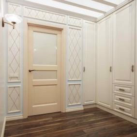 светлые двери в квартире фото дизайна