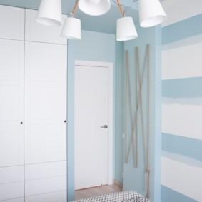 светлые двери в квартире идеи декор