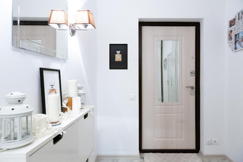светлые двери в квартире виды идеи