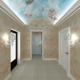 жидкие обои в коридоре светлые