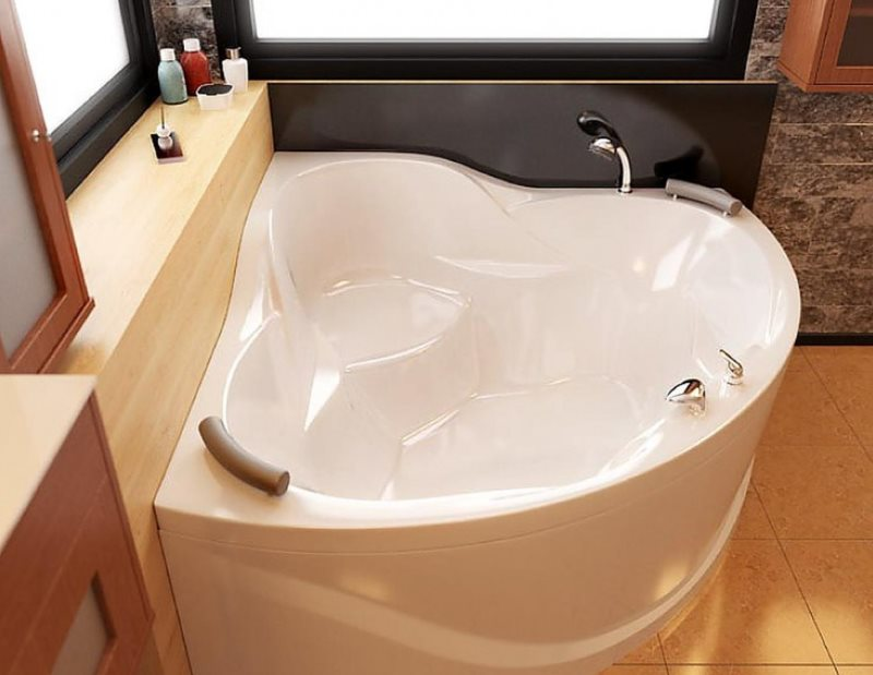 Белая ванна из акрилового камня
