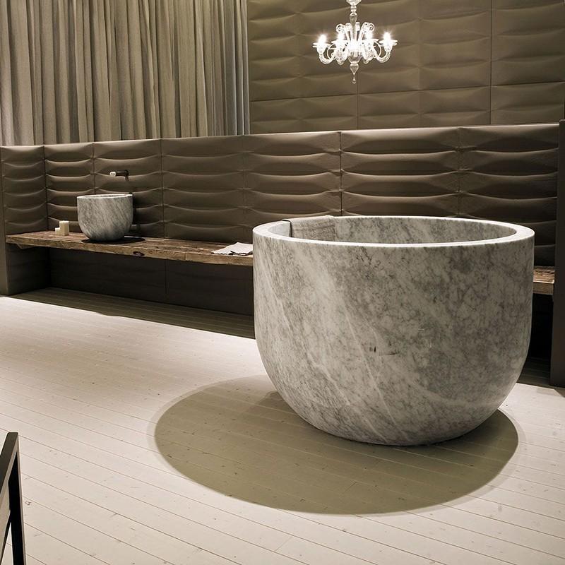 Каменная ванна из натурального травертина
