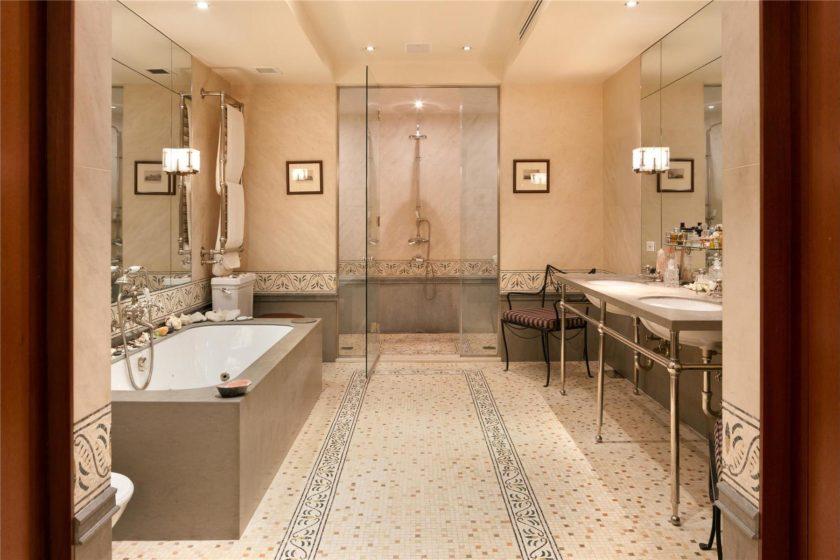 ванная с мебелью премиум класса дизайн фото